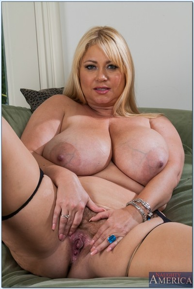Buxom MILF with large flabby bumpers Samantha 38G taking off her clothes