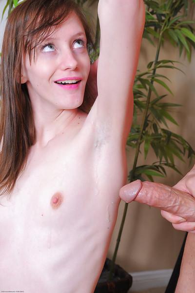 Skinny hirsute model Alyssa Rose having wavy underarms licked by dude