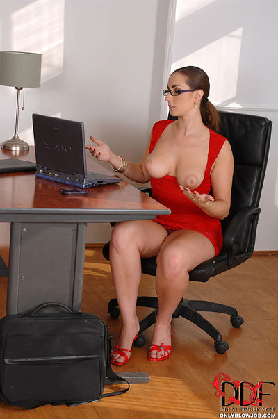 Chunky office worker Paige Turnah baring big tits while giving blowjob