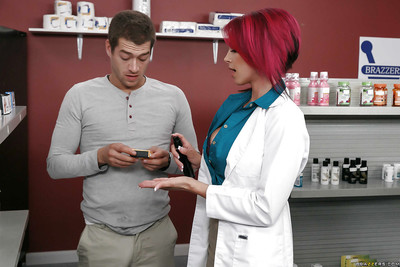 Buxom pharmacist Anna Bell Peaks and her pierced nipples giving titjob
