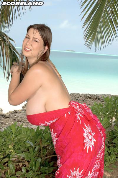 Terry nova scores her big marangos on tropic beach