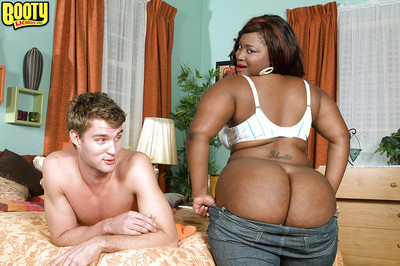 SSBBW Mz Booty unveils massive ebon booty before giving blowjob