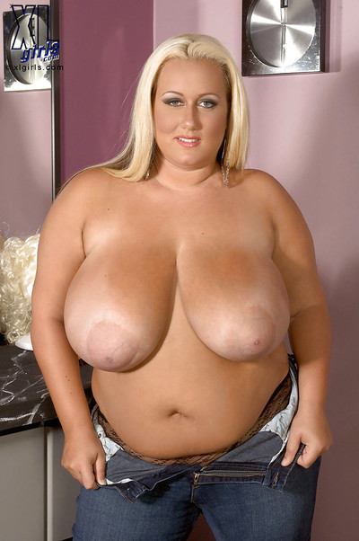 Busty bbw blond Rose Valentina squeezing her massive tits and toying her moist box