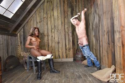 BDSM loving Ebony doll Maria Ryder has a fetish for hitting