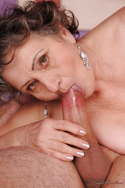 Slutty granny gets her shaggy cunt slammed hard and takes a facial cumshot