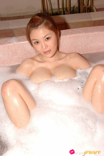 Yoko Matsugane Asian shows sweaty behind lower than smoking skirt
