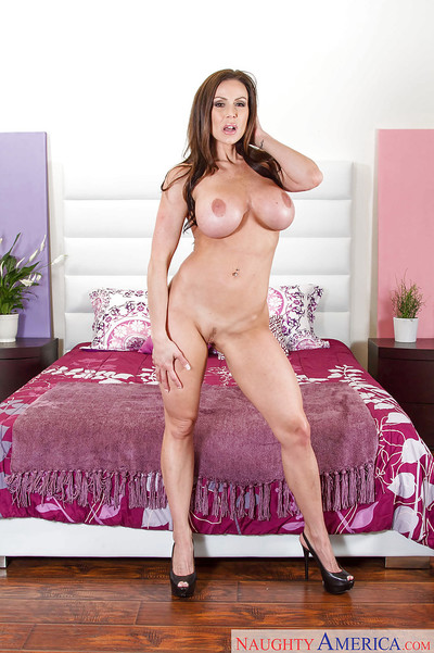 MILF model Kendra Lust exposes her slutty body in a hot stripping