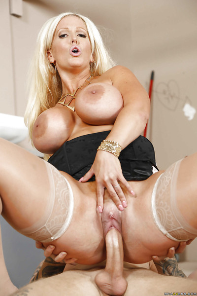 Chubby milf in stockings Alura Jenson is being fucked in cowgirl pose