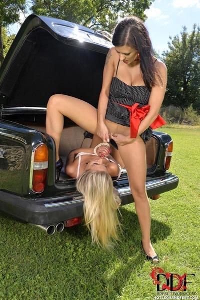 Rope attached blond having barefeet licked outside before coercive cunnilingus