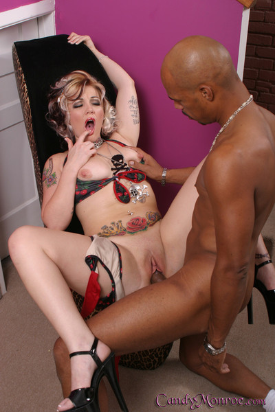 The hottest lady ever candy monroe in gangbang
