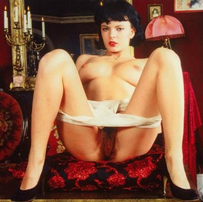 Vintage chick julia perrin shows her unshaved bush
