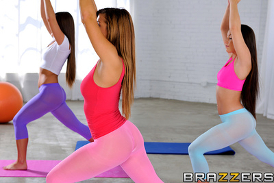 Keisha Greys super pumped to be doing yoga today, to keep her thick booty nice and flexible. Stretch panties make her whooty butt look as if so ripe and delicious, her friends cant stop staring at it all throughout their session together. And when one of