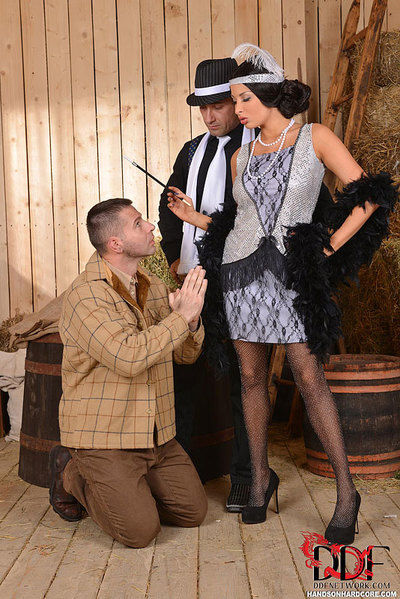 Foxy Flapper Anissa Kate Has A Two Penetration Threesome