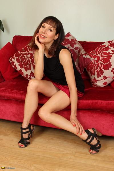 Passionate british housewife getting naughty