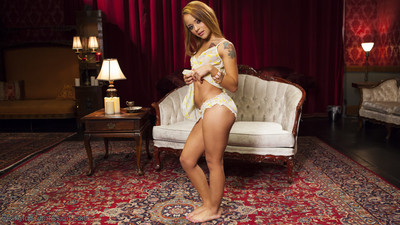 Hot little holly hendrix agrees to do anything master needs if he ties her up,