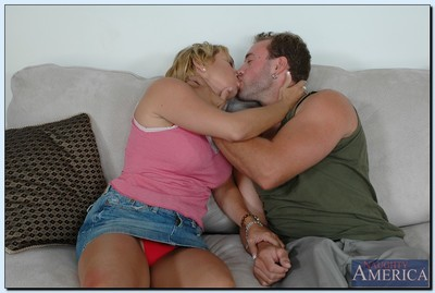Mature lassie Mrs. Knight gives a sloppy blowjob and gets shafted rough
