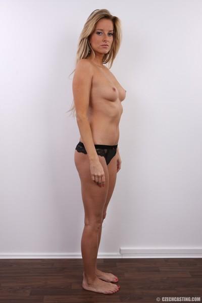 Hot blonde milf poses nude