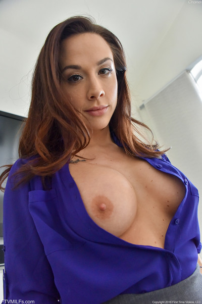 Damp office milf show her beautiful round boobs