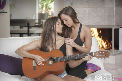 Brunette lesbians Abigail Mac and Aspen Rae lick and hump shaved twats