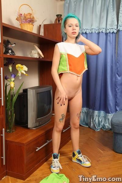 Tiny emo teen cheerlader nude