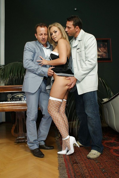 Submissive and hot maid gets involved loves dualistic penetration action