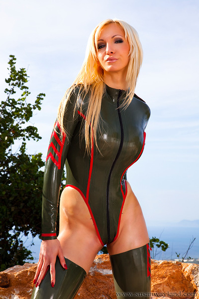 Susan Wayland in Hot Military Queen with 69 awesome latex pictures.
