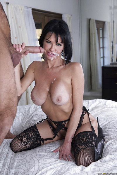 Sexy brunette hair cougar Veronica Avluv giving thick pride a blowjob