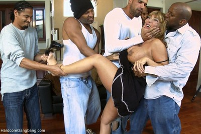 Rich milf taken down and team-fucked