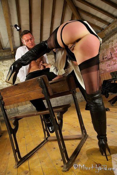 School Mistress Hybrid Teaching a Intense Lesson