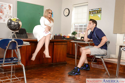 Blonde MILF mentor Alexis Texas rolling nylons over mammoth arse and down legs