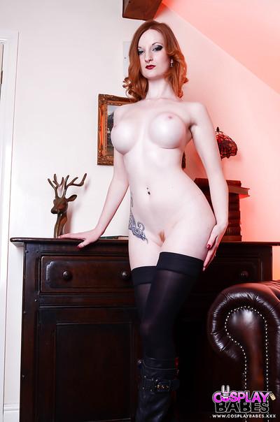 European fetish babe Zara Du Rose undressing to expose big milk cans