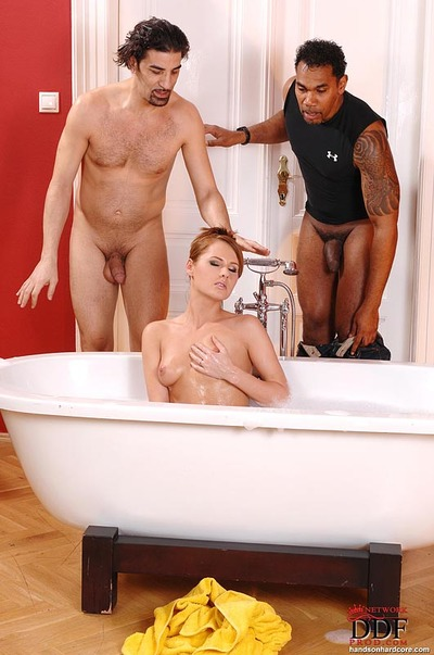 Zuzana Z and her hairy gentile take interracial DP from big cocks in bath
