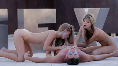 Dualistic hot girlfriends fucked in threesome