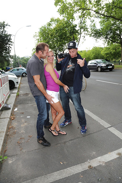 Blonde European pornstar Dirty Tina having MMF threesome outdoors