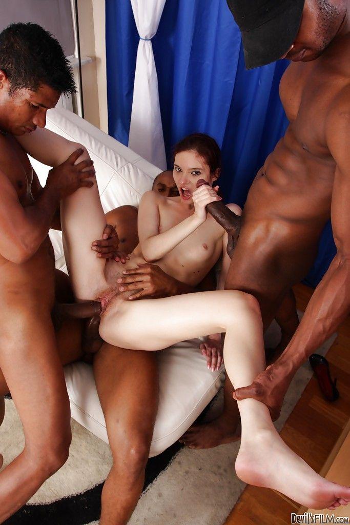 Ганг банг, групповой секс