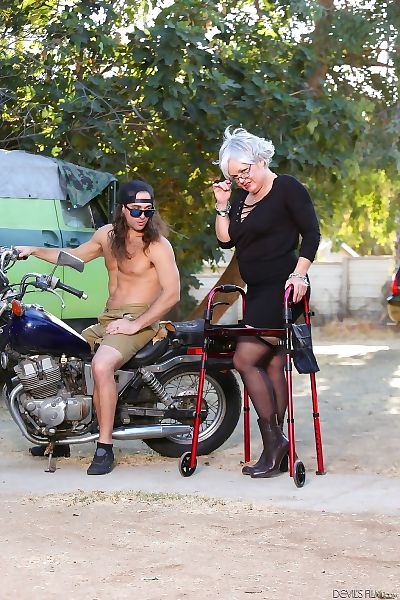 Horny grannies love to fuck #12, scene #01 - part 724
