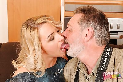 Horny teen Cynthia Moore gives a oral play and accepts shagged by an oldman