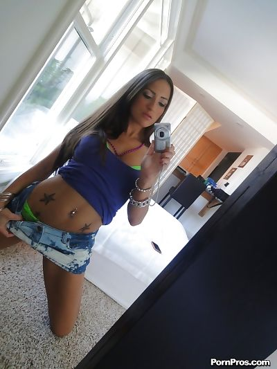 Tatted solo girl Lizz Tayler exquisite selfies in mirror while removing clothes