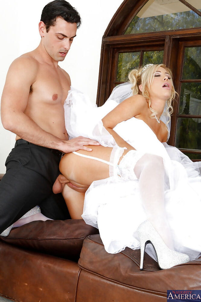 Blonde gal Tasha Reign is having an crazy fuck with her life partner - part 2