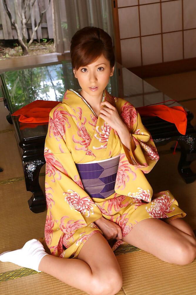 Yuma asami unveils her accomplished pantoons - part 11
