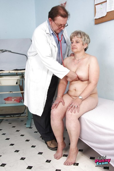 Fatty gets her mature smooth on top cunt stretch for a violating gyno visit