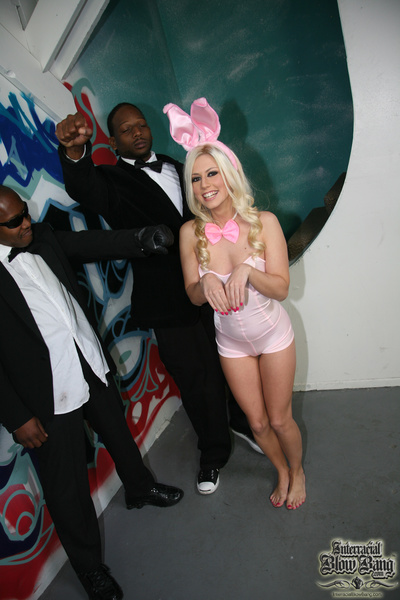 Snow bunny hops on over to a bunch of black men and orally pleases them all