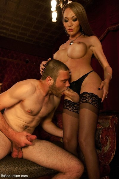 Mia isabella switchs from lamb to lion and devours her boy
