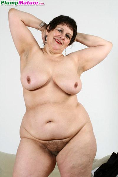 Calm plumper takes her sexy sluttish undies off