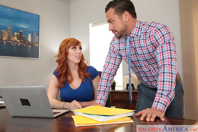 Lauren phillips gets asspounded by her boss in the office