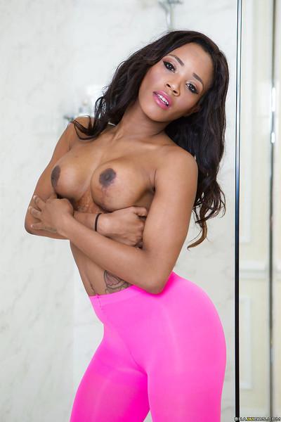Swarthy dime Kiki Minaj freeing immense black booty from yoga pants in baths