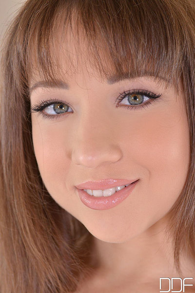 Taissia Shanti Twofold Penetrated