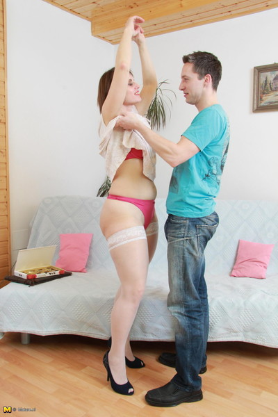 Hairy housewife fucking a younger dude