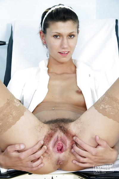 Uniformed cunt Amanda Vamp is showing off in an nurse outfit