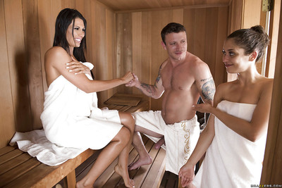 Tall brunette MILF Makayla Cox jerking fat ramrod in sauna for facial cumshot